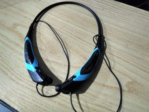 Bluetooth headset HBS-760