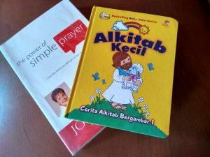 Dua buku pertama Prisha